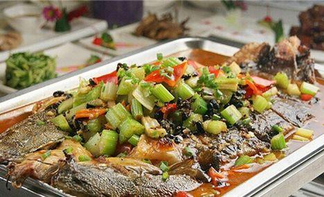 江边月影·烤全鱼
