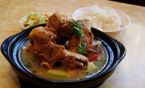 十里香排骨米饭(宇思店)