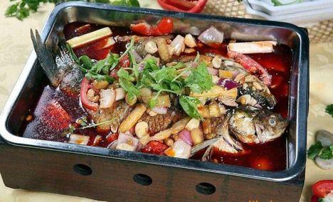天源石锅鱼