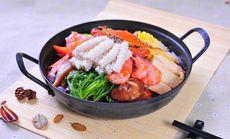 首尔798年糕火锅套餐