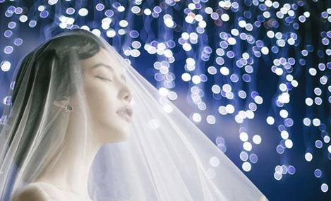 My Queen时尚婚纱新娘化妆彩妆造型会所(大悦城旗舰店)