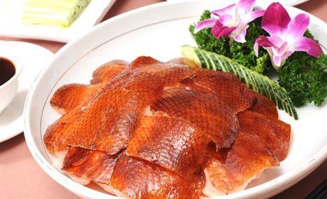 北京果木片皮烤鸭