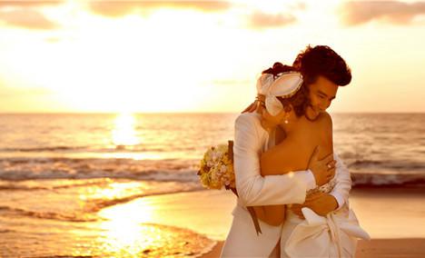美神之羽婚纱摄影