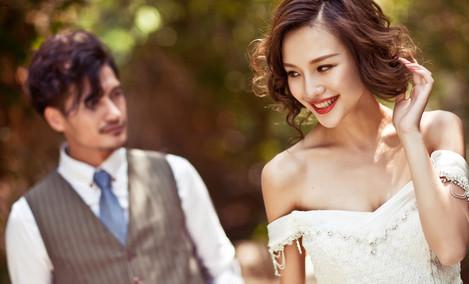 名门经典婚纱摄影