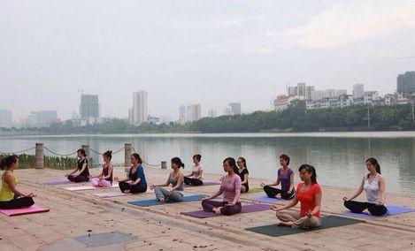 瑜美瑜伽健身馆