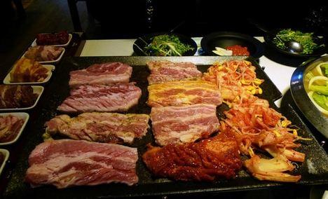 鑫海汇烤肉自助餐厅