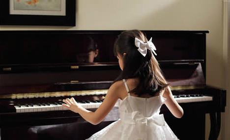小佳钢琴(江夏店)