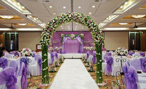 艾薇汀欧式纱幔婚礼现场布置图片