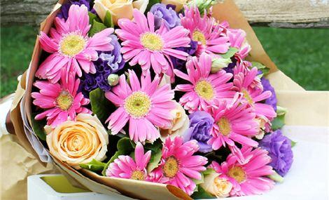 仅售178元,价值368元12朵弗朗+8朵玫瑰!节假日通用!