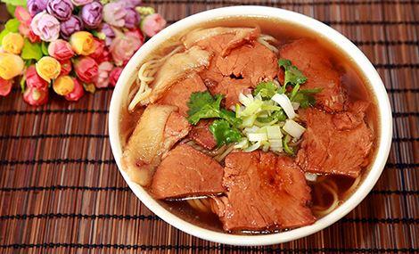 仅售16元,价值18元砂锅红焖牛肉面!节假日通用!