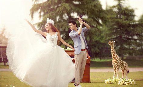 伊曼婚纱艺术摄影馆