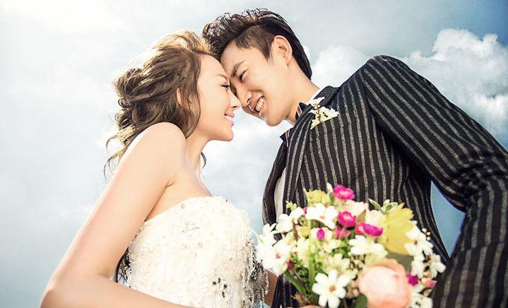 微时代婚纱摄影(益友店)