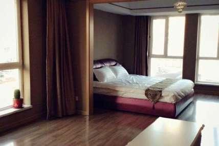 仅188元!价值228元的沈阳米诺风情精品公寓酒店温馨家庭套房入住1晚,免费WiFi。