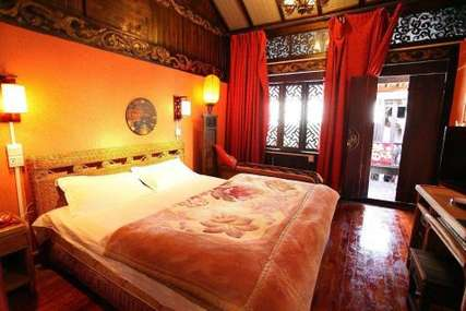 仅118元!价值158元的丽江顺风车驿站之流流客栈豪华家庭套房入住1晚,免费WiFi。