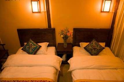 仅280元!价值380元的丽江时光花园客栈时光-溪景豪华标准房(一楼)入住1晚,免费WiFi。