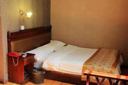 仅88元!价值138元的邓州金爵快捷酒店入住1晚,单间/标准间2选1,免费WiFi。