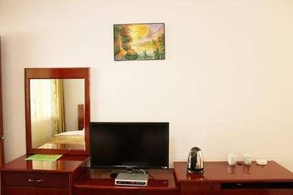 仅58元!价值200元的丽江舒馨阳光酒店温馨标间特价房入住1晚,免费WiFi。