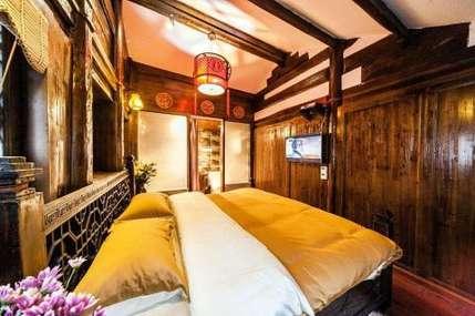 仅140元!价值280元的丽江风花雪夜客栈锦上添花入住1晚,免费WiFi。