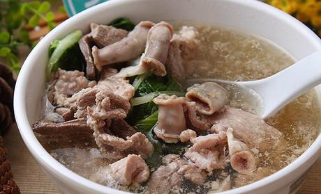 黄记猪杂汤(市二宫店)