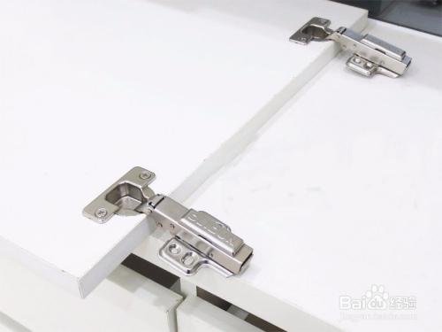 如何选择液压铰链、阻尼铰链