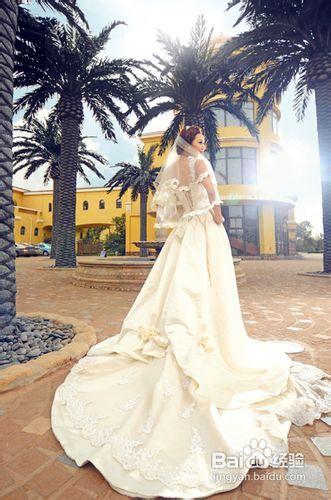 婚纱摄影单人照的时候要怎么摆姿势