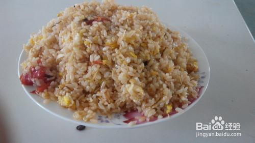 准备白米饭一大碗图片