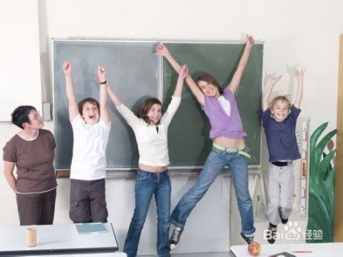 和青春期孩子相处家长要扮演好四种角色