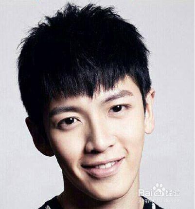 男生阳光的刘海发型图片