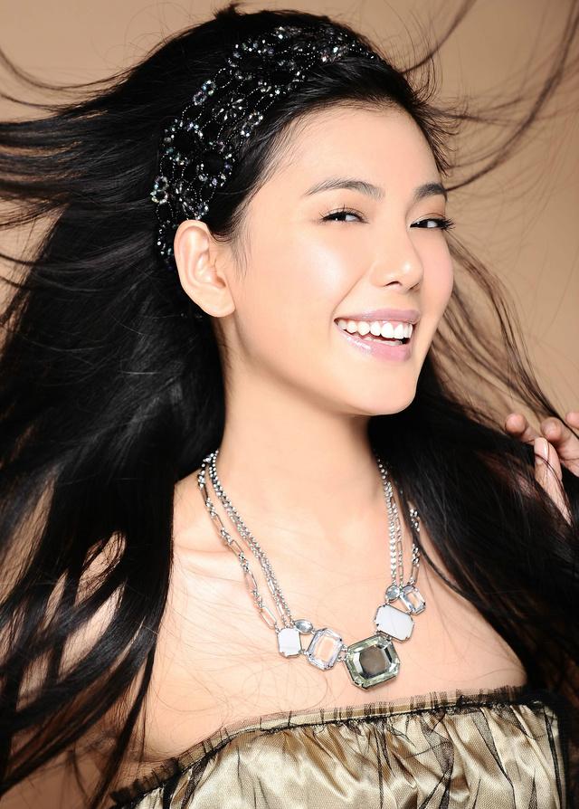 中国内地女演员,毕业于北京电影学院图片