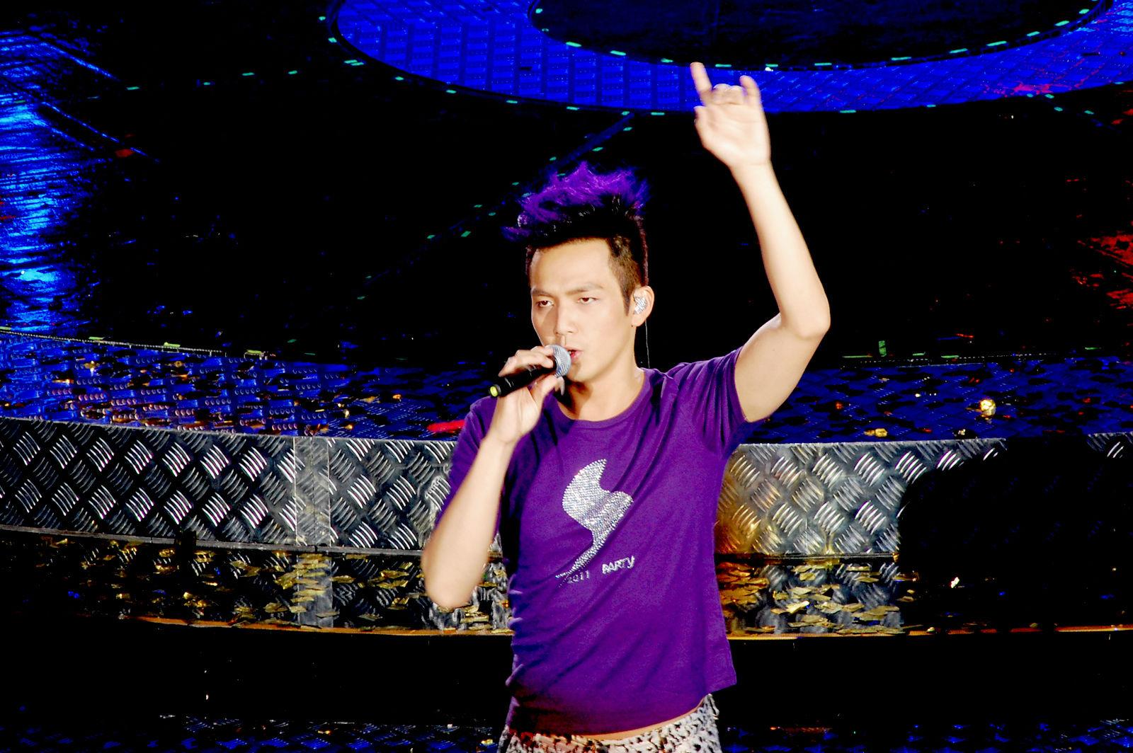 钟汉良 20111001演唱会上海站 BY潜水员图片