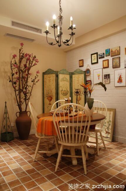 美式乡村四居餐厅灯饰装修图片_装修之家装修效果图
