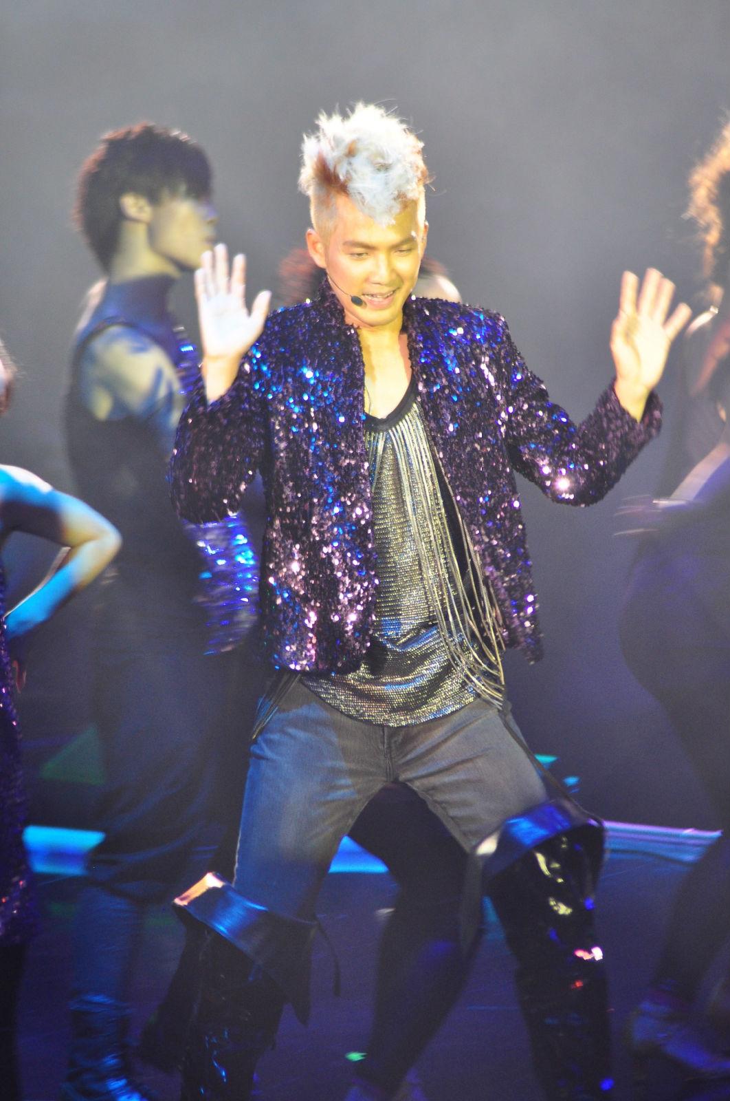 钟汉良 20111001演唱会上海站 BY既见君子图片
