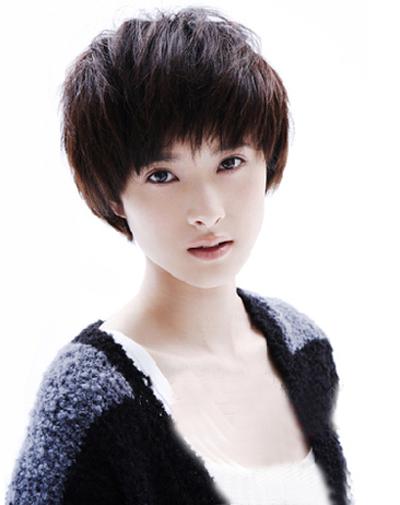 新款短发发型图片女分享展示 (400x505)图片