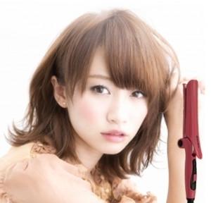 长脸适合什么发型 偏分刘海打造小脸图片