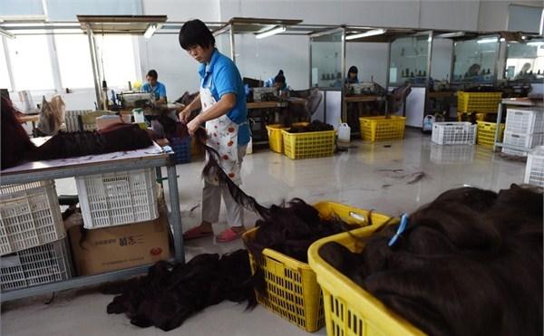 """直击世界上最大的头发加工厂,当地人称头发为""""黑金""""图片"""