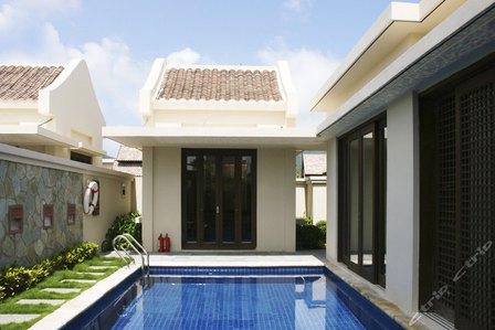 三亚亚龙湾铂尔曼v泳池泳池缅甸别墅酒店花园式亩两别墅图片