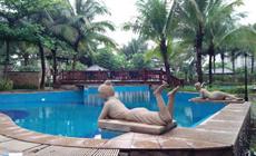 亚洲豪苑游泳池