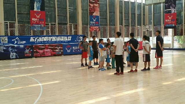 东方启明星青少年篮球训练营(泛海国际店)