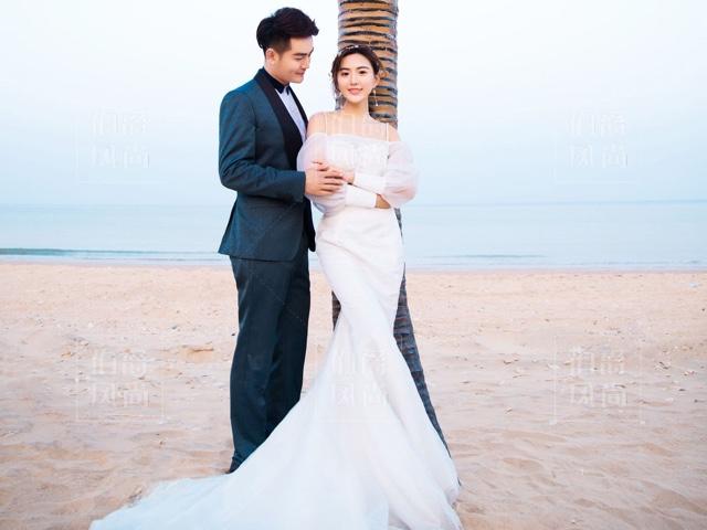 伯爵风尚旅拍高端婚纱摄影(三亚店)