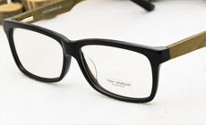 大视野眼镜