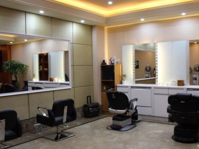 V·R salon