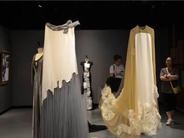 森客歌婚纱礼服