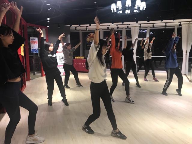 厦门恋莎莎舞蹈(世贸店)