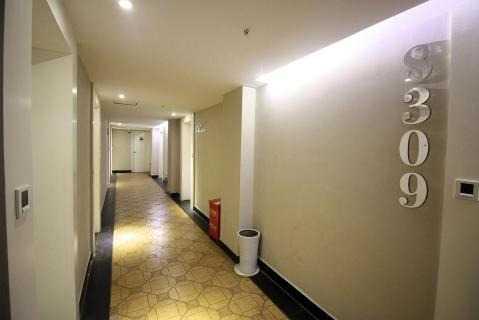 洛可可精品酒店