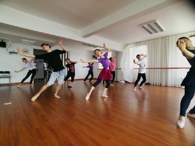 心海艺舞舞蹈培训学校(南山分店)