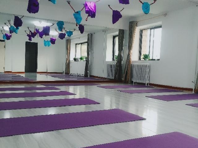 丽瑜伽瘦身塑形馆