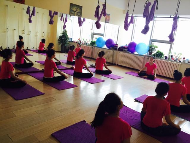 梵韵瑜伽舞蹈教练培训中心(长江路店)