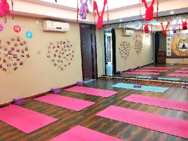 宇良瑜伽舞蹈会所