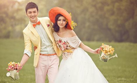 维纳斯婚纱摄影 - 大图