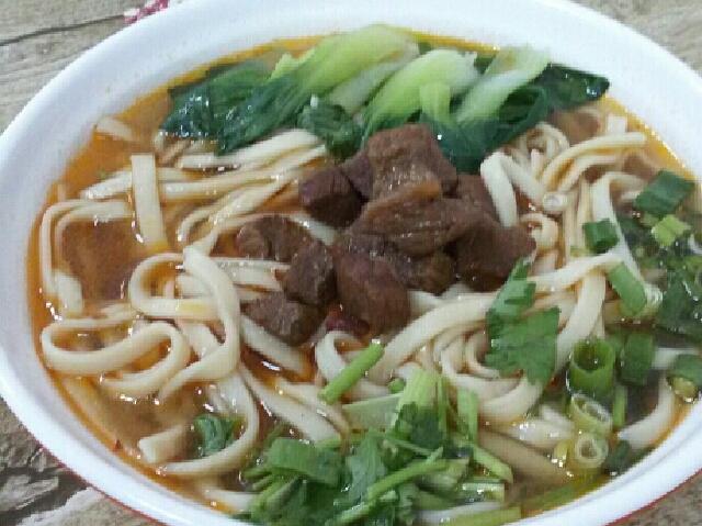 骨汤牛肉面(江城路店)